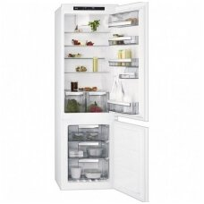 AEG įmontuojamas šaldytuvas su šaldikliu SCE81816TS